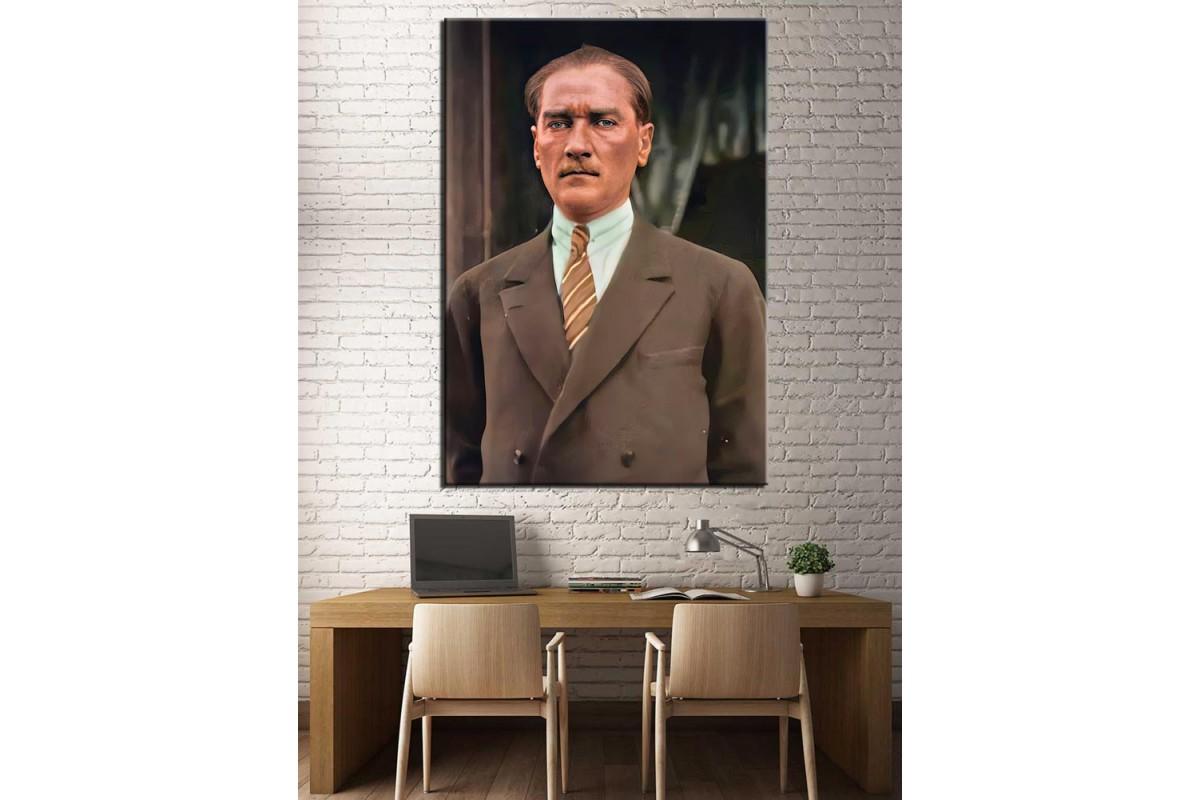 Renklendirilmiş Mustafa Kemal Atatürk Kanvas Tablo dkmr230